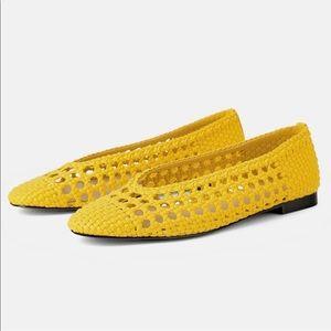 Zara Womans Yellow Woven Ballet Flats Black Sole